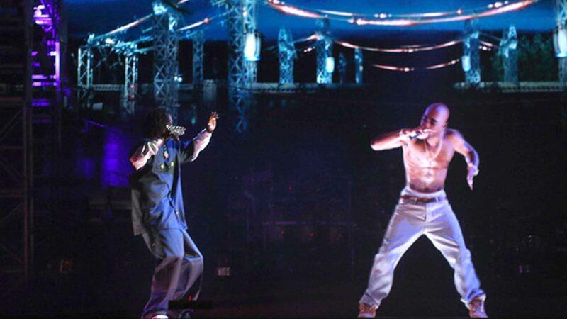 Tupac Hologram and Snoop Dogg Duet at Coachella