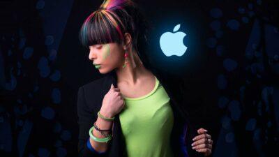 Apple Fangirl