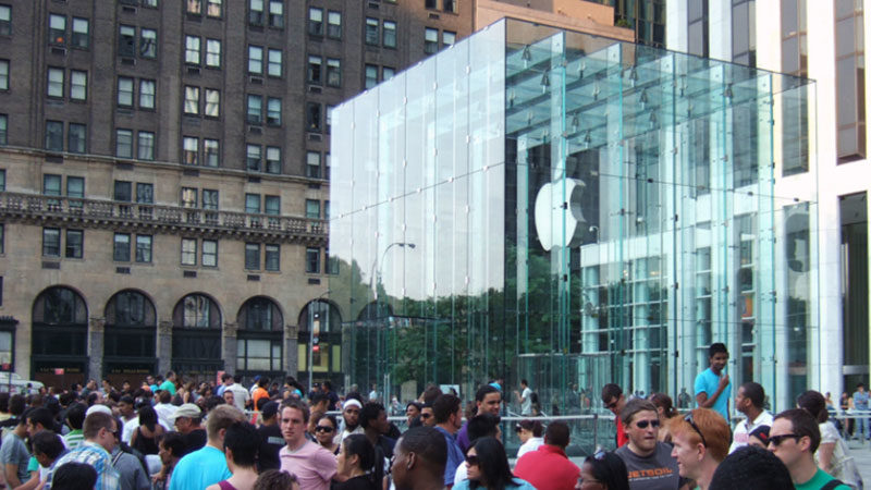 Apple Sells 10 Million iPhone 6 Devices in First 3 Days