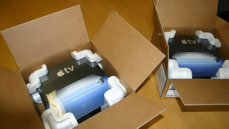First Generation Apple TV Unboxing - Opening The Box