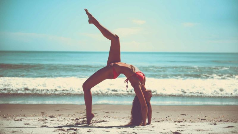 Beach Yoga Athlete Sportive Skinny Slim Ocean