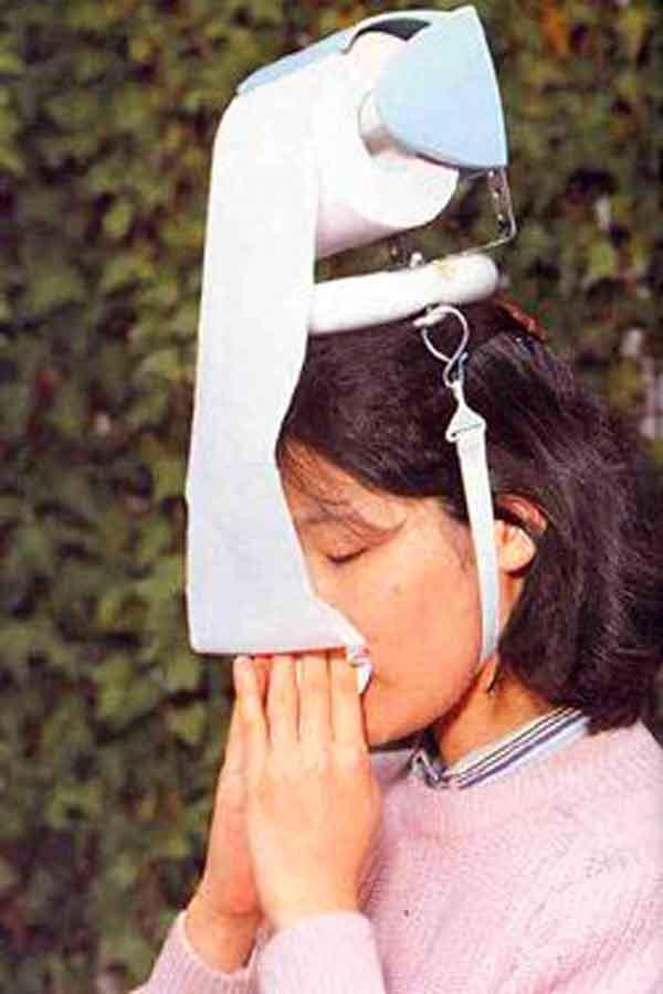 Chindogu Inventions: Tissue Hat