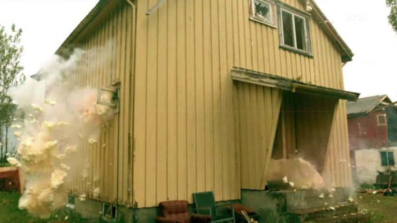 Explosive Expanding Foam Destroys Norwegian House On TV