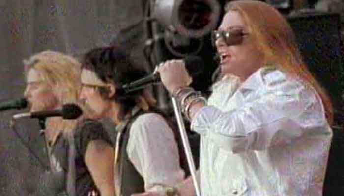 """Guns N' Roses - """"Paradise City"""""""