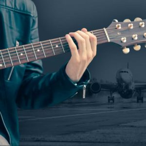 "United Airlines In A PR Nightmare After ""United Breaks Guitars"" Music Video Goes Viral"