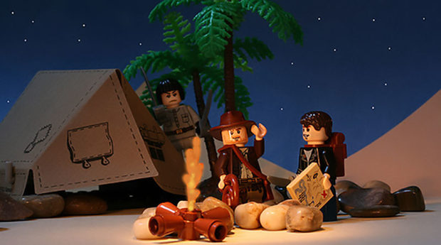 Indiana Jones And The Kingdom Of The Crystal Skull - Famous Movie Scenes Recreated With Legos