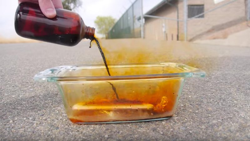 Don't Pour Bromine On Your New iPhone 6s