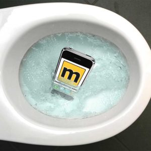 How To Save Your iPod from a Toilet and Dry It Out