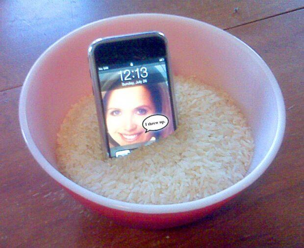iPhone Rice Trick
