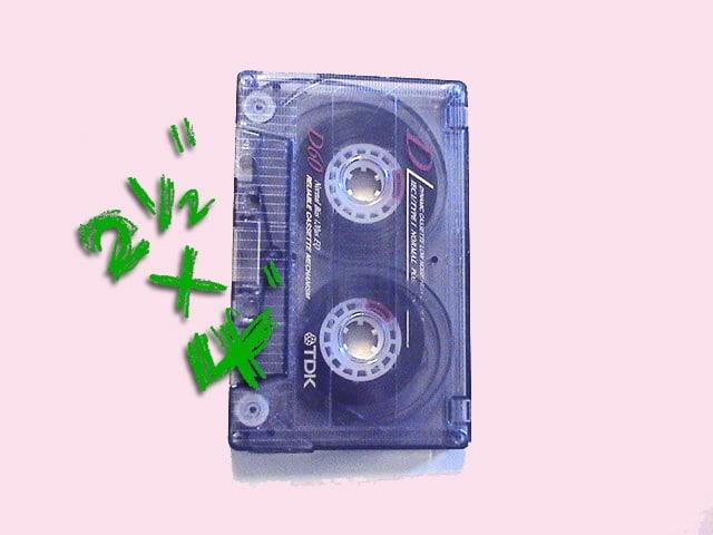 ipodvscassette-03-cassette-size