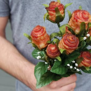 How To Make Bacon Roses: A Delicious And Romantic Bacon Gift Idea
