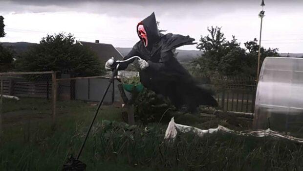 Ghostface Scarecrow