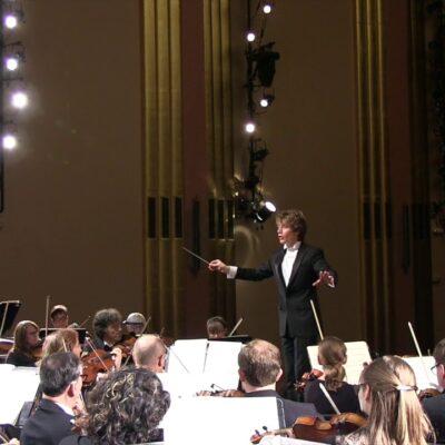 Stravinsky Firebird Scream: Orchestra Wakes Up Woman