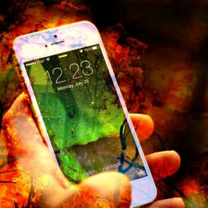 How You Can Use Social Media And Your Smartphone To Help Fight Wildfires