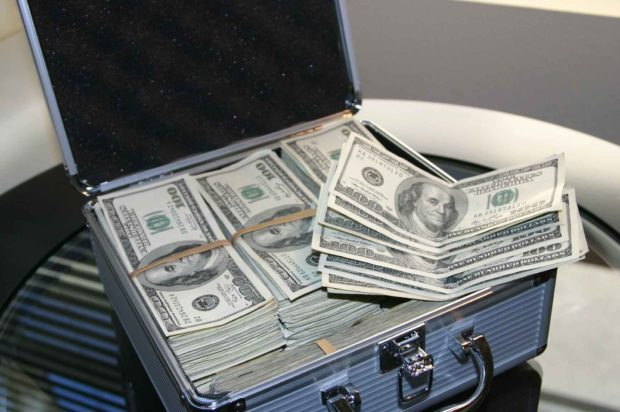 Cash Out Your Gambling Bankroll In A Money Suitcase