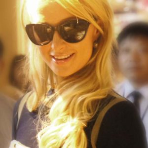 Paris Hilton Phone Hack Exposes Nude Photos And Phone Numbers (2005)