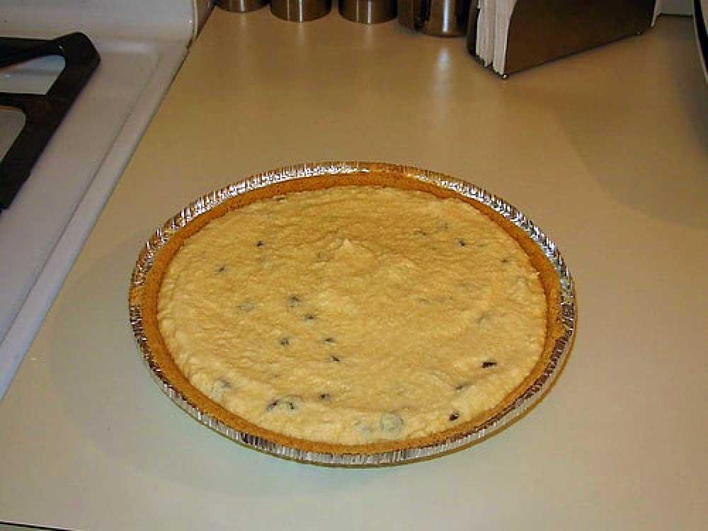 Peeps Pie: Add Cream & Chocolate Chips
