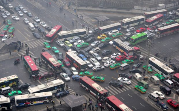 pollution-blackout-traffic