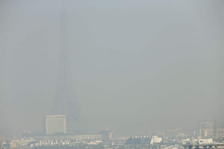 Pollution-Paris-Smog