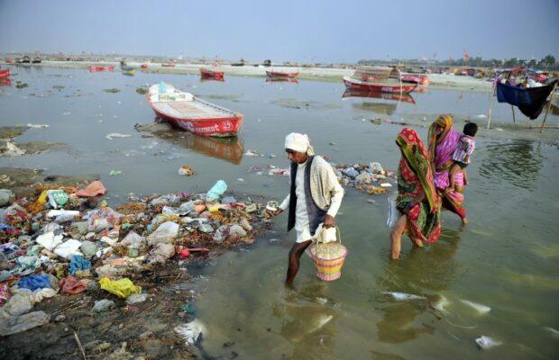 Pollution-Trash-River-Crossing