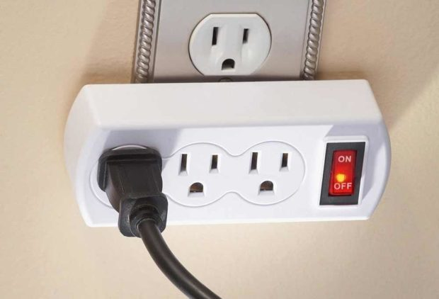 Grounded Power Switch