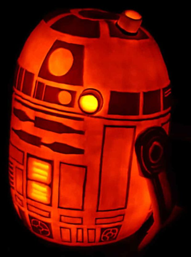 R2-D2 Pumpkin Carving