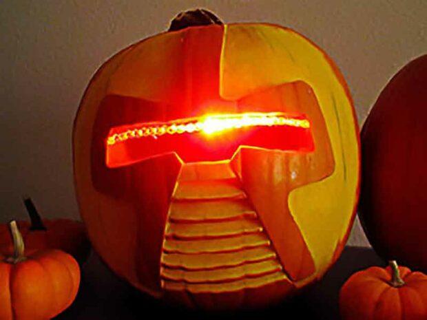 Battlestar Galactica Cylon Pumpkin