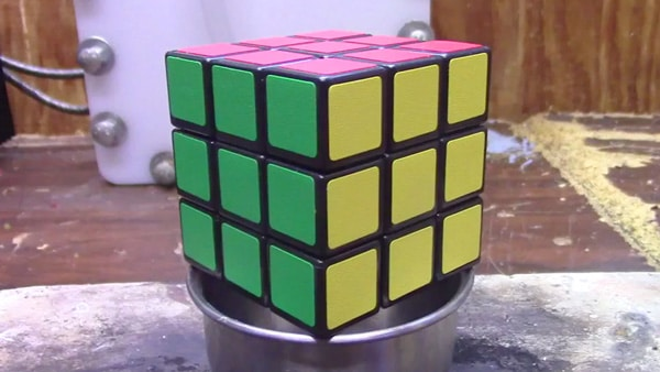 Rubiks-01
