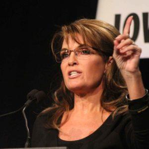 Tina Fey Reprises Her Perfect Parody Of Sarah Palin For SNL (2008)
