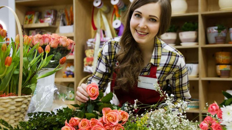 Small Business Owner - Florist - How To Market Small Business - Small Business Creative