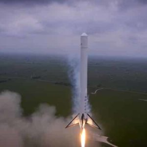 Drone Shoots Amazing Footage of SpaceX Rocket Launch (2014)