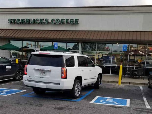 12 Hilariously Bad Car Parking Fails That Will Make You Smile - Starbucks Parking 1