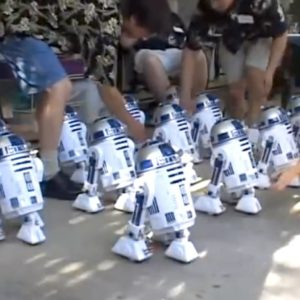 Star Wars Fans Create a Choreographed R2-D2 Chorus Line