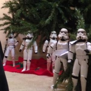 Funny Photos of Star Wars Stormtroopers Putting Up A Christmas Tree for Darth Vader