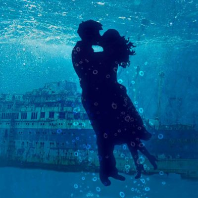 Underwater Kiss - Romantic Titanic Quotes About Love